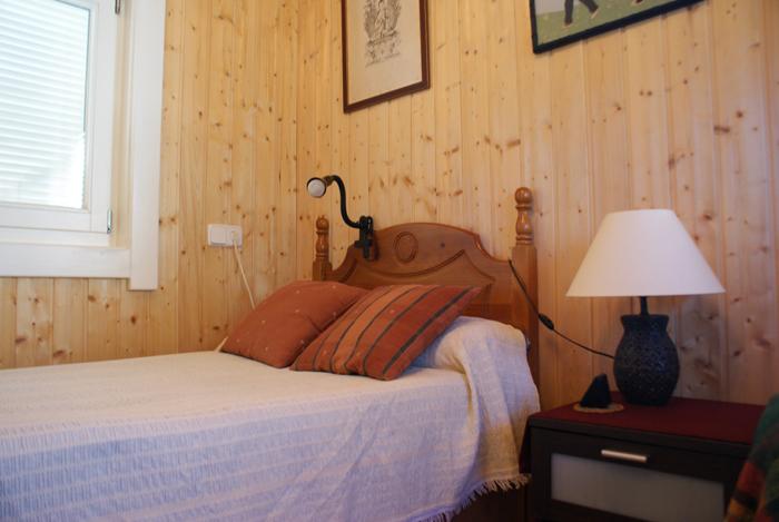 Foto del interior de habitaciones del Centro de tratamiento y desintoxicacion Llaurant La Llum