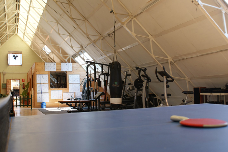 Imagen del gimnasio del centro de tratamiento y desintoxicacion de adicciones Llaurant La Llum